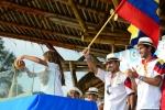 Team Ecuador pouring the sand of Montañita´s Beach. Credit: ISA / Michael Tweddle